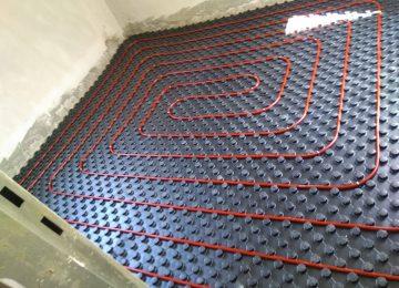 השוואה בין חימום תת רצפתי מים לחימום תת רצפתי בגז
